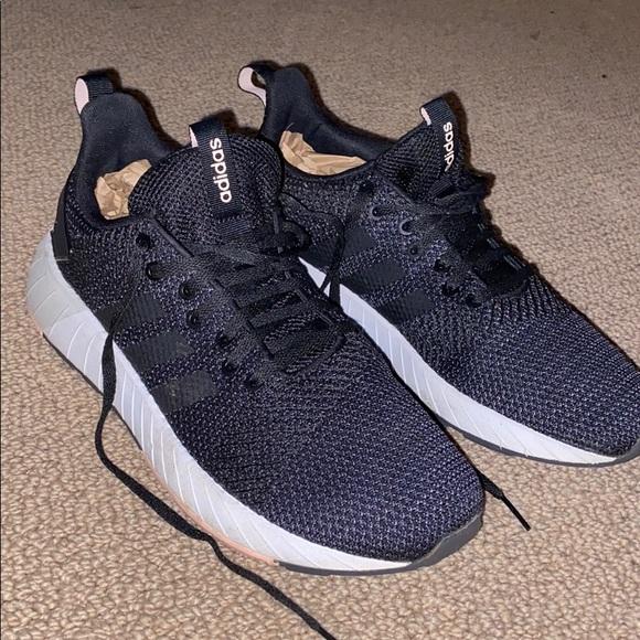Adidas Questar BYD shoes
